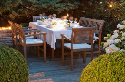 Teakhout schoonmaken – Houten tuinmeubelen | Xyladecor