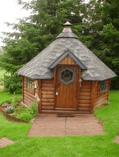 Voil quelques uns des plus beaux abris de jardin de for Chalet de jardin belgique