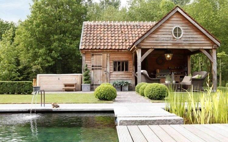 cottage landelijk tuinhuis met zitkhoek